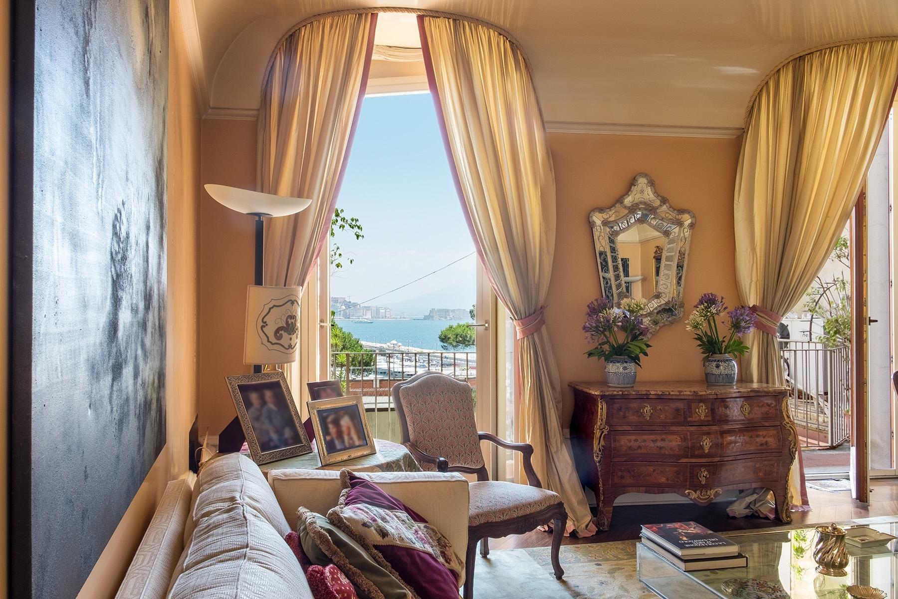 坐落在Mergellina街道历史建筑中的度假公寓 - 1