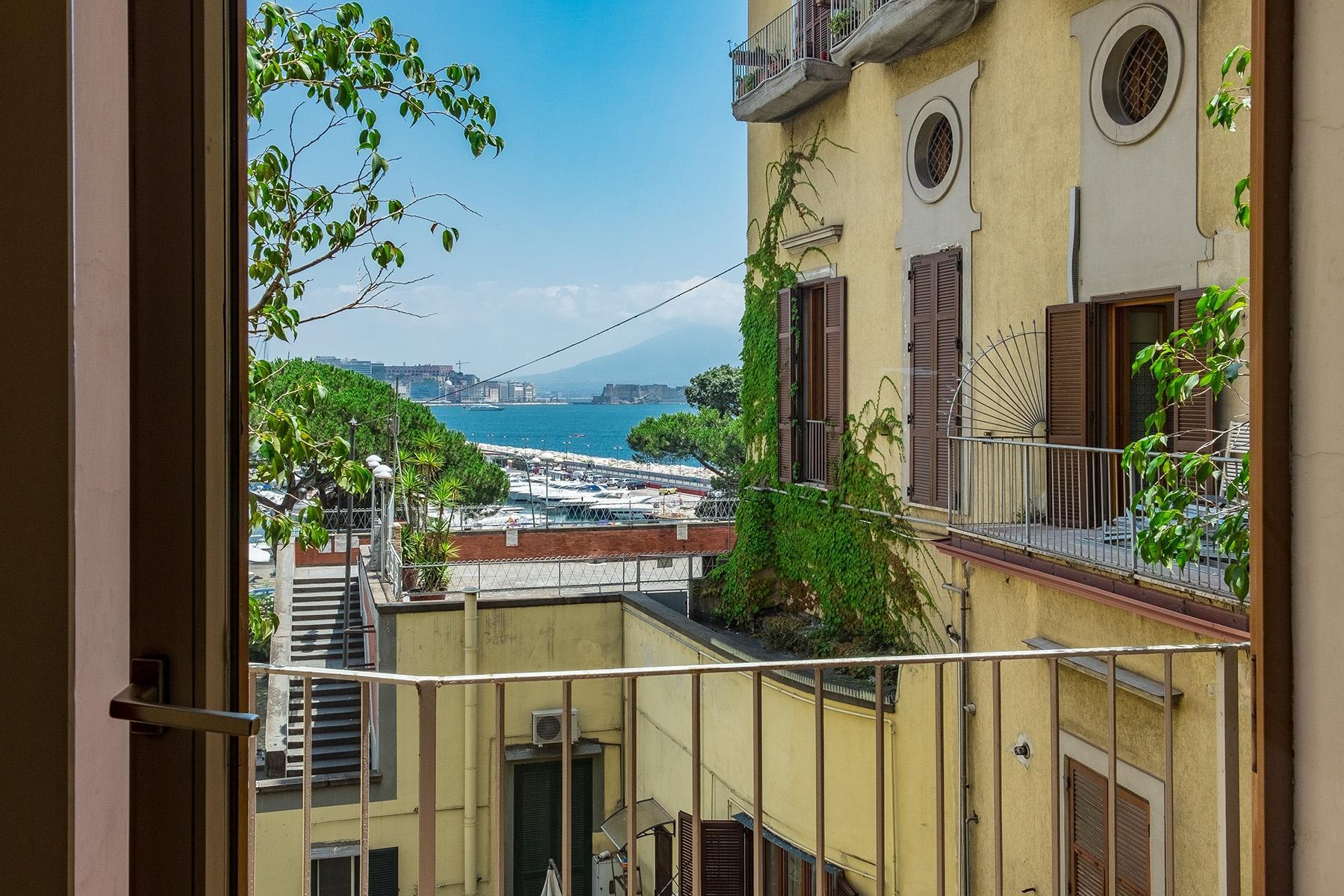 坐落在Mergellina街道历史建筑中的度假公寓 - 15