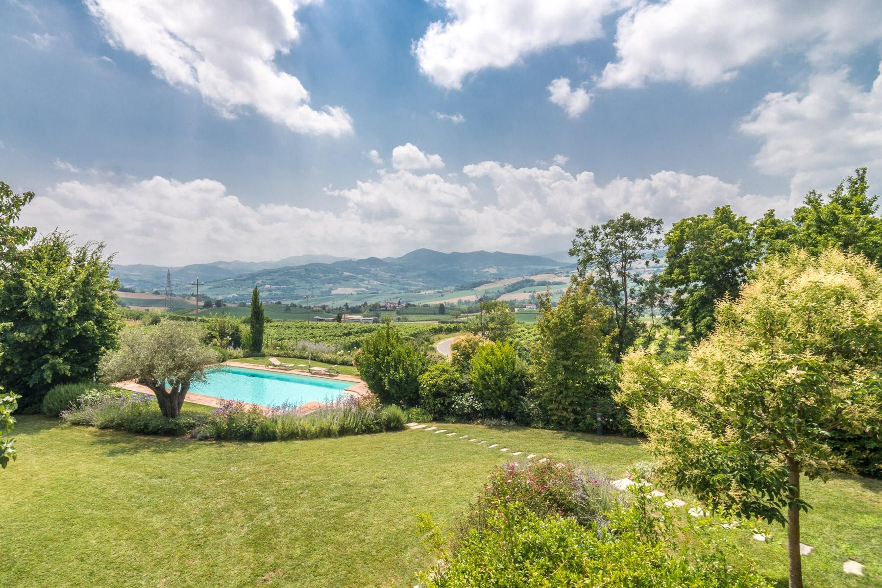 Magnificent farmhouse on the hills of Piacenza - 6