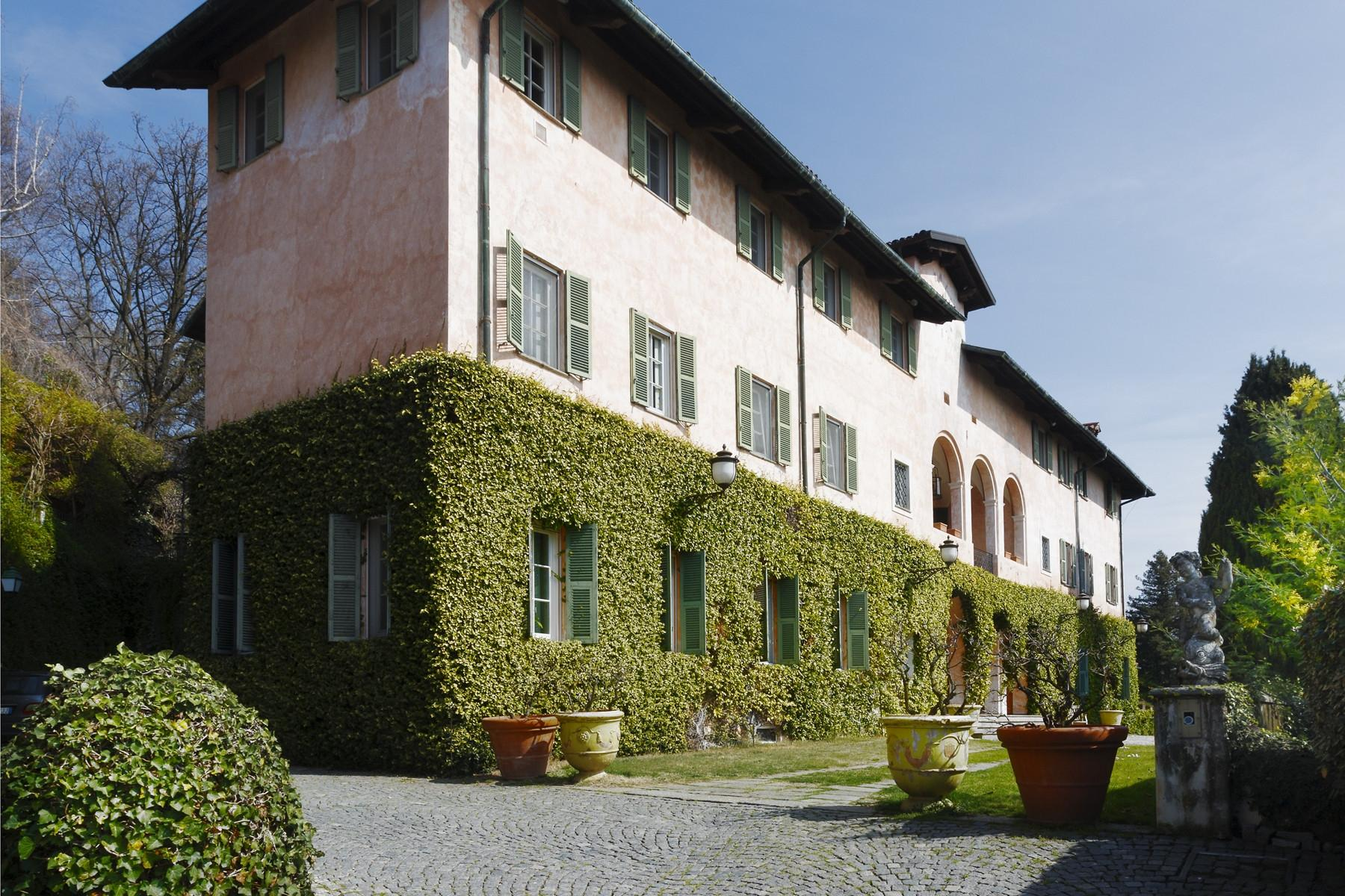 Historical Villa in the countryside of Biella - 1