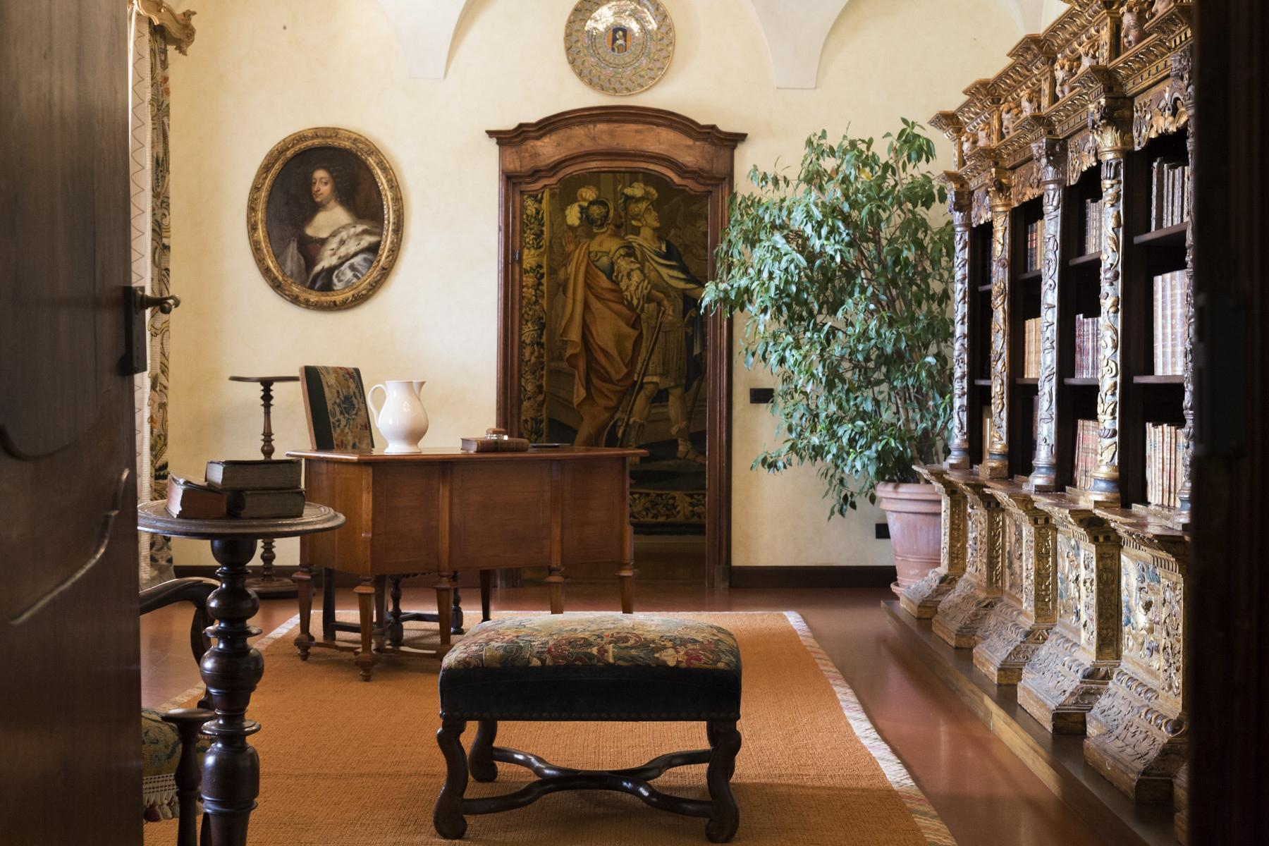 Historical Villa in the countryside of Biella - 12