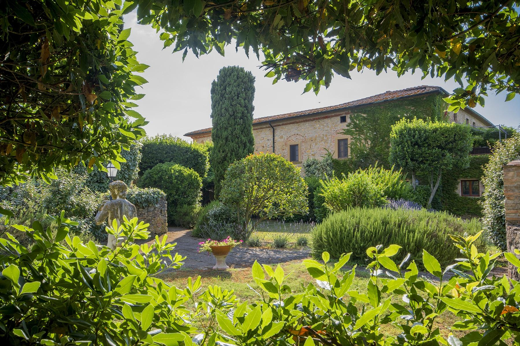 Beautiful countryhouse in the heart of the Etruscan land - 2