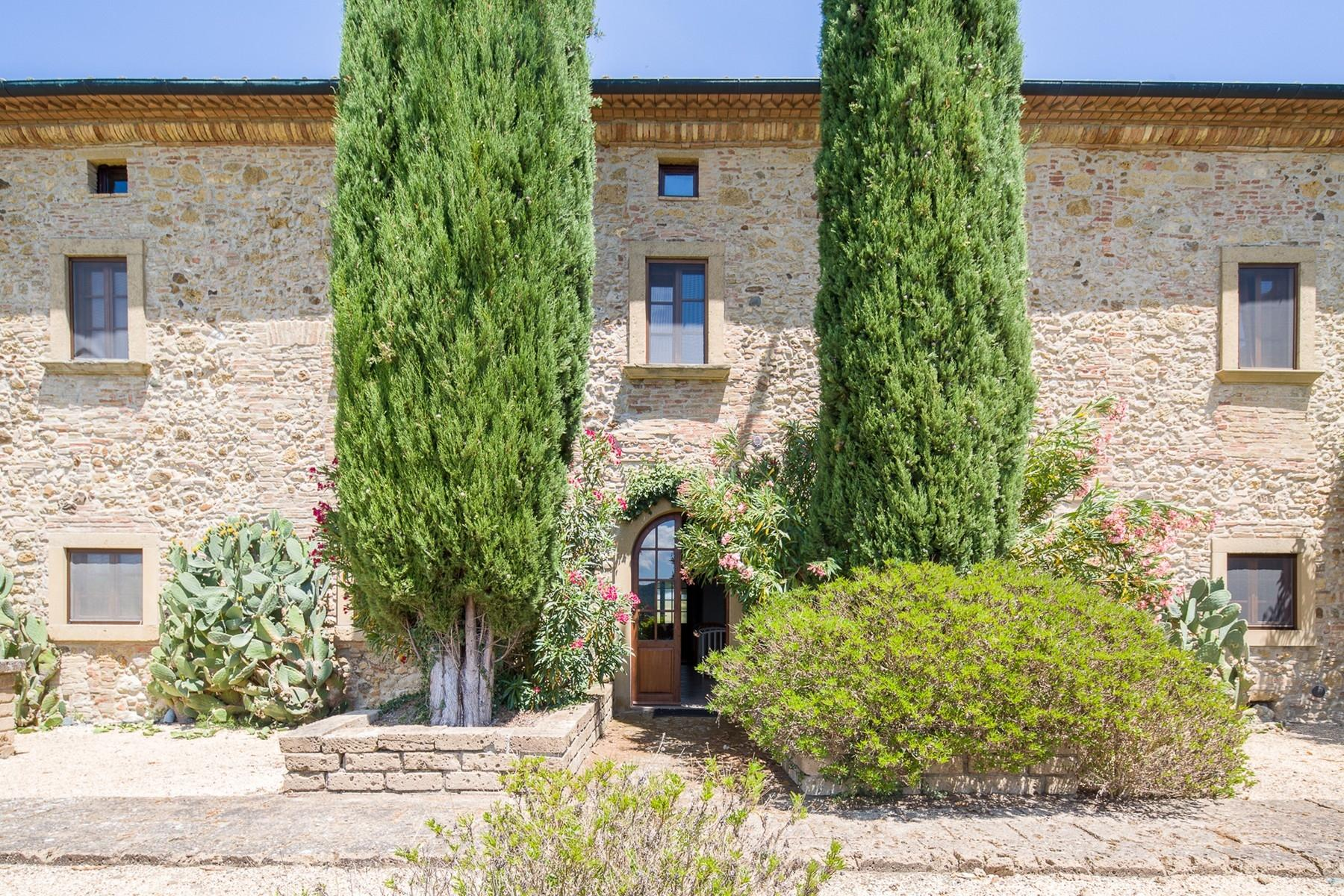 Beautiful countryhouse in the heart of the Etruscan land - 1