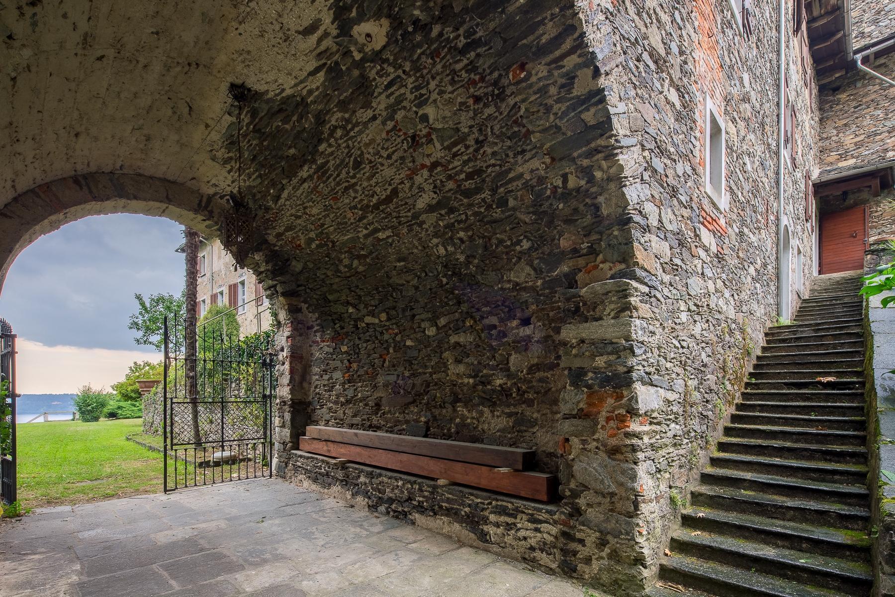 Бывший монастырь и вилла 19 века на Сакро-Монте - Орта Сан Джулио - 12