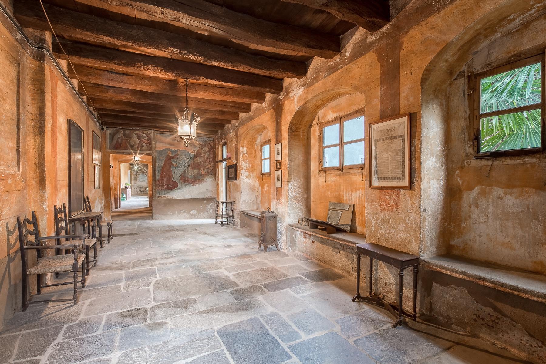 Бывший монастырь и вилла 19 века на Сакро-Монте - Орта Сан Джулио - 10