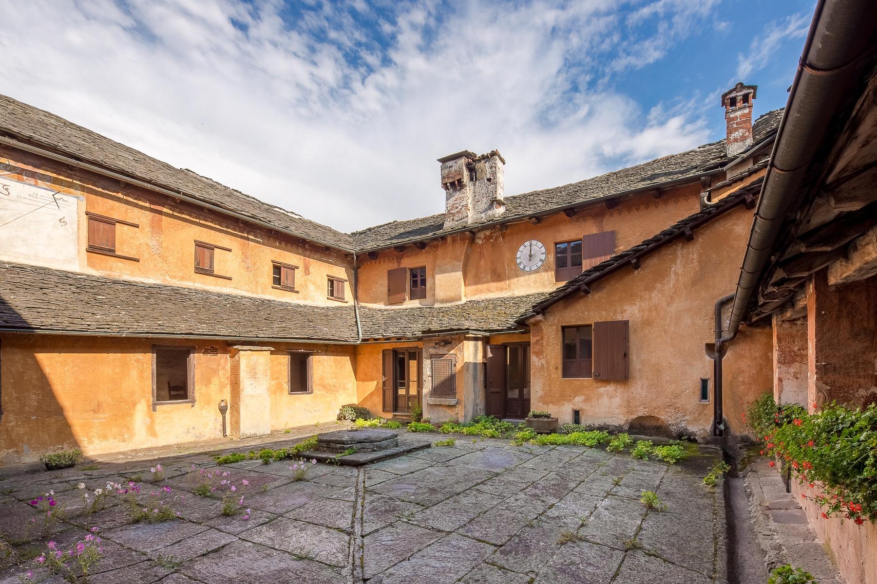 Бывший монастырь и вилла 19 века на Сакро-Монте - Орта Сан Джулио - 25