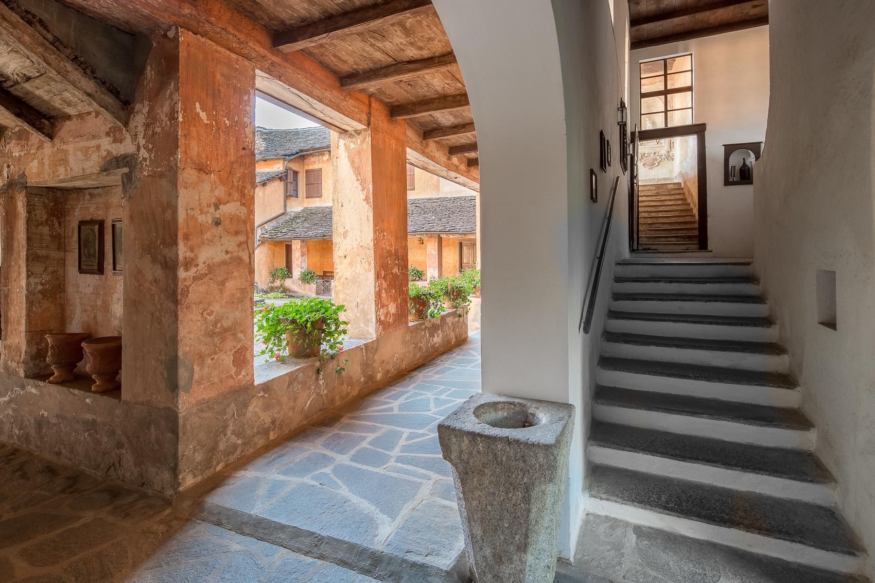 Бывший монастырь и вилла 19 века на Сакро-Монте - Орта Сан Джулио - 27