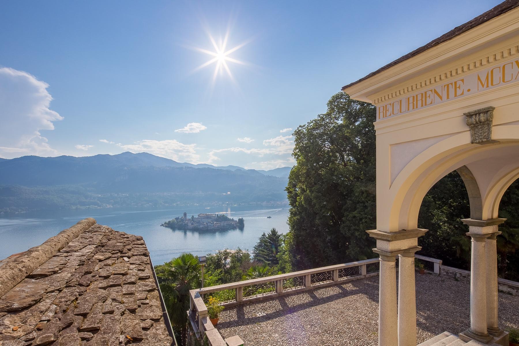 Ancien couvent et Villa du XIXe siècle sur le Sacro Monte - Orta San Giulio - 1