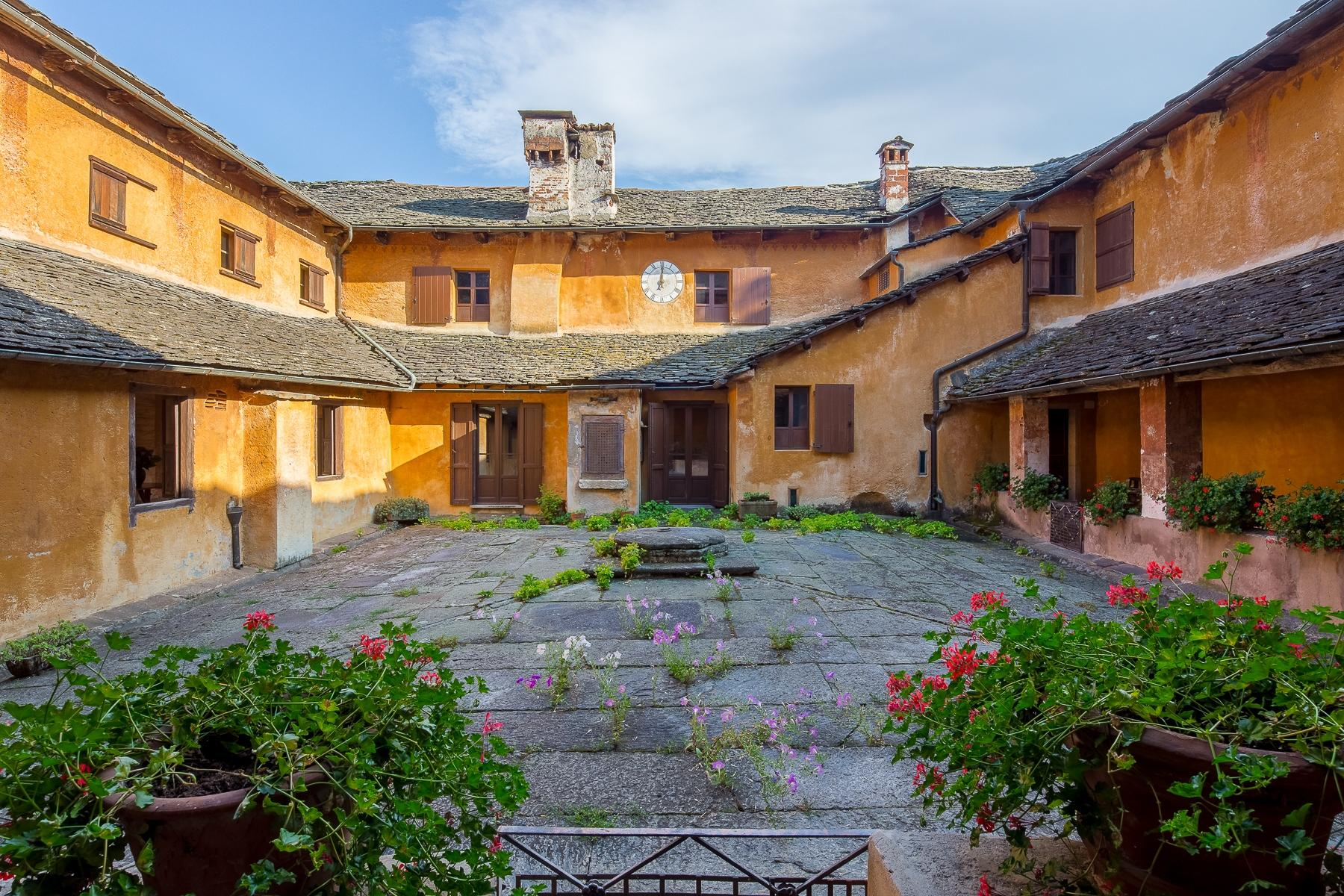 Бывший монастырь и вилла 19 века на Сакро-Монте - Орта Сан Джулио - 24