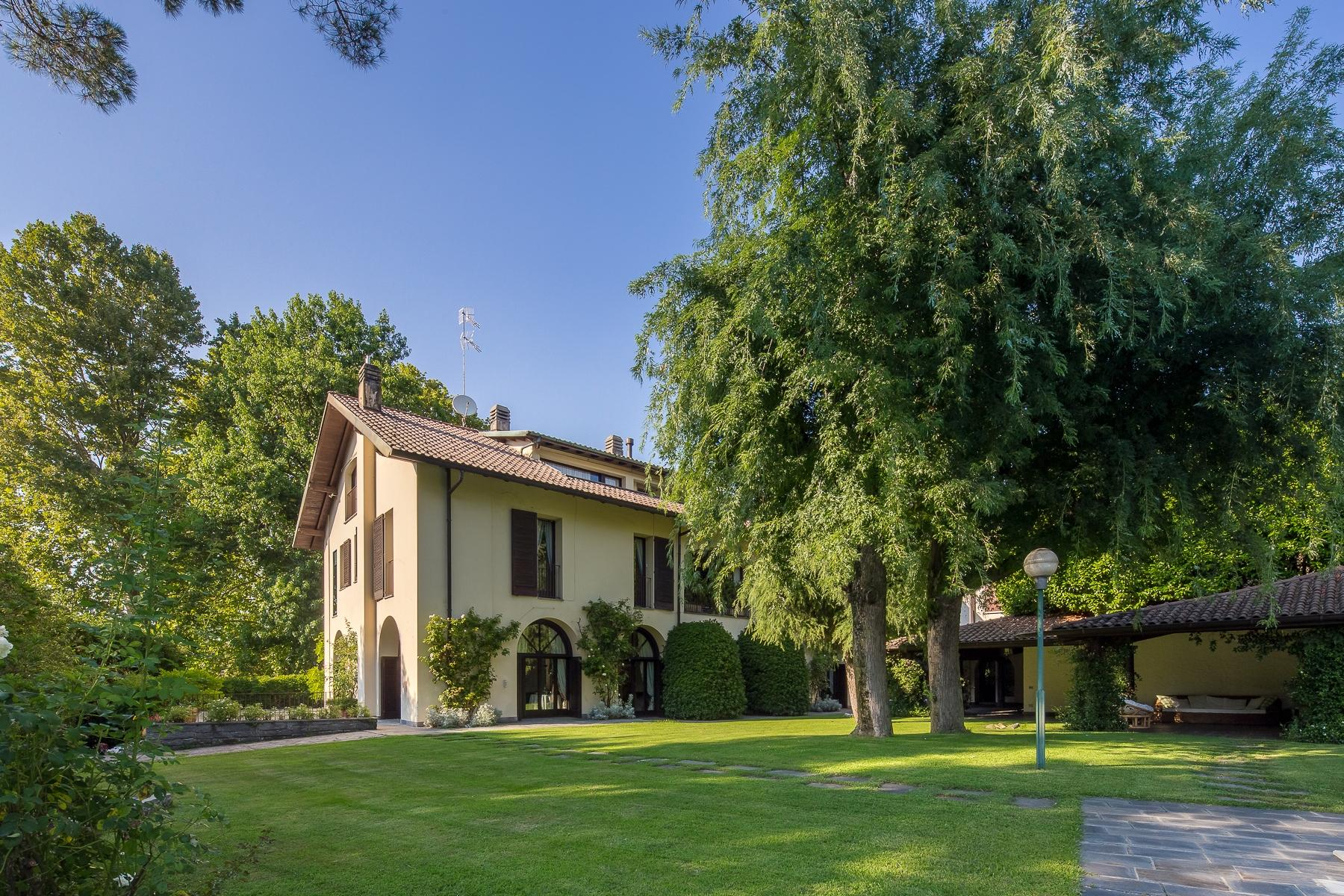 Villa with swimming pool on the Ticino river - 3