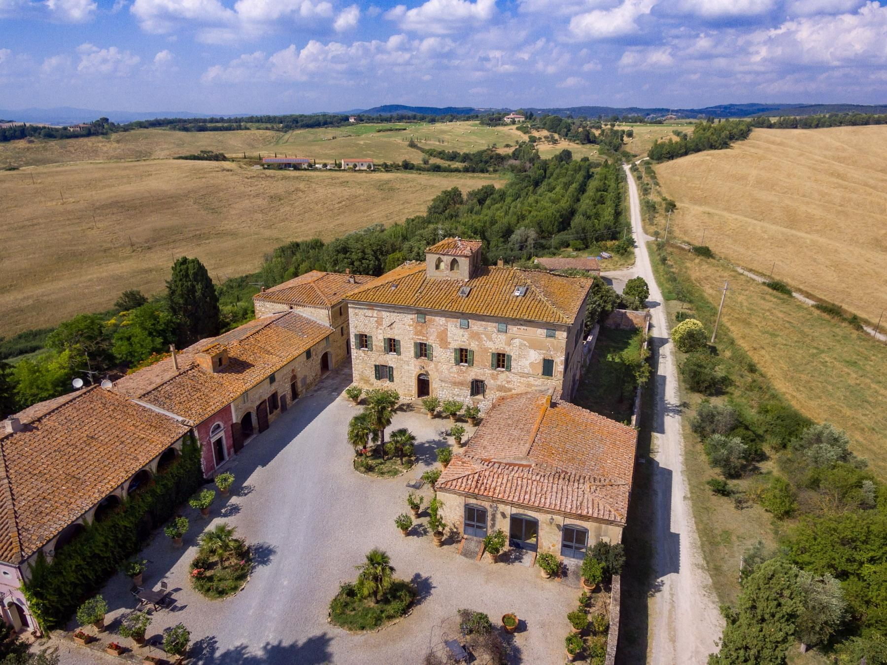 Prestigious property in the heart of Tuscany - 18