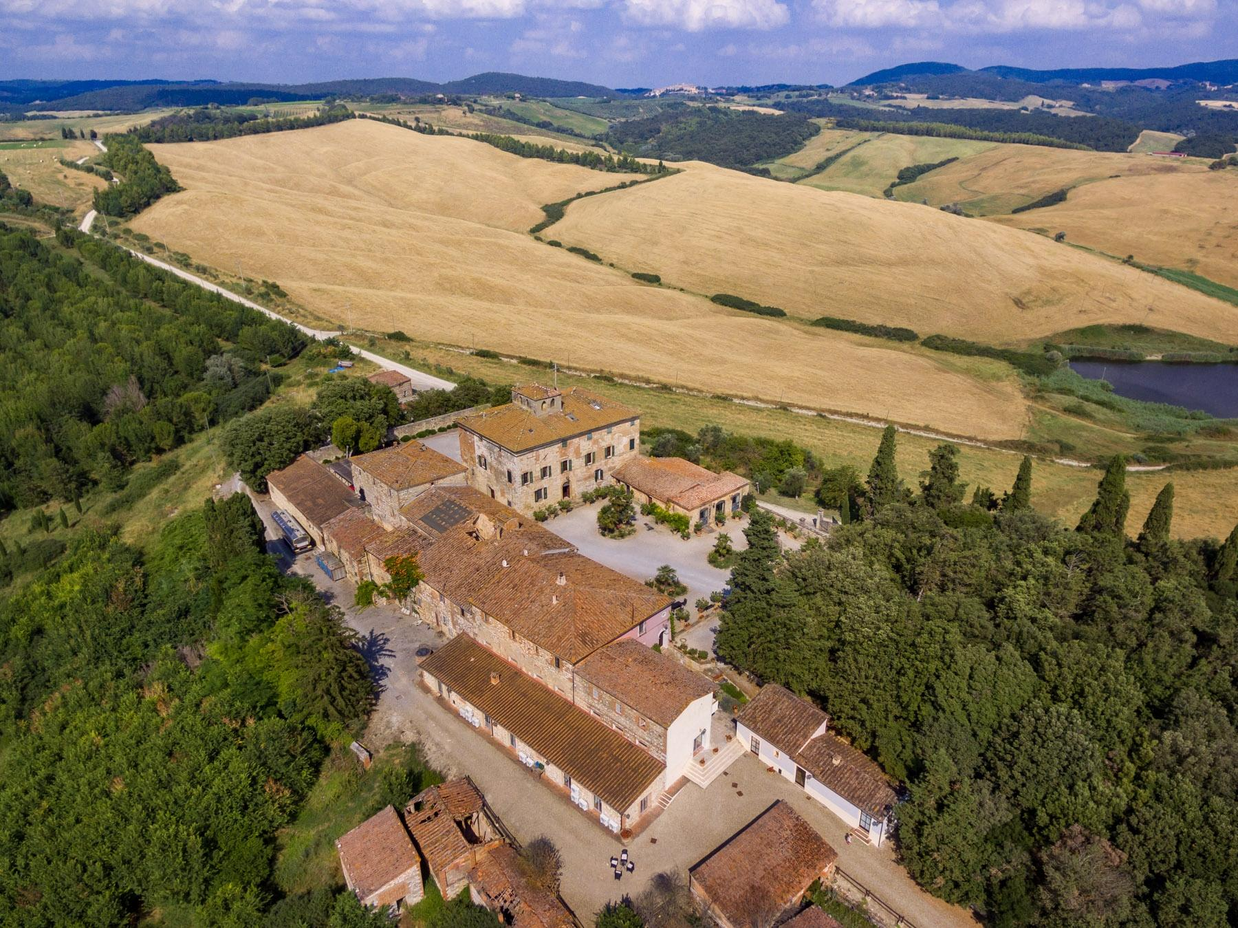 Prestigious property in the heart of Tuscany - 20