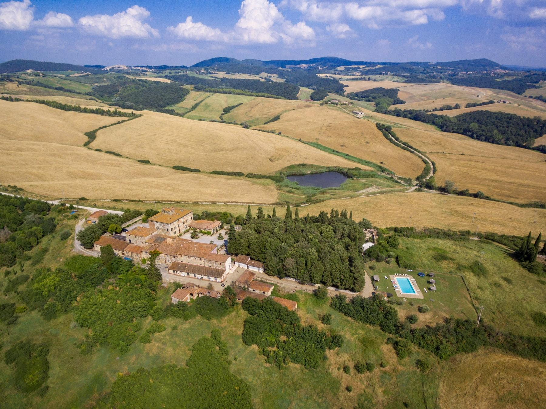 Prestigious property in the heart of Tuscany - 21