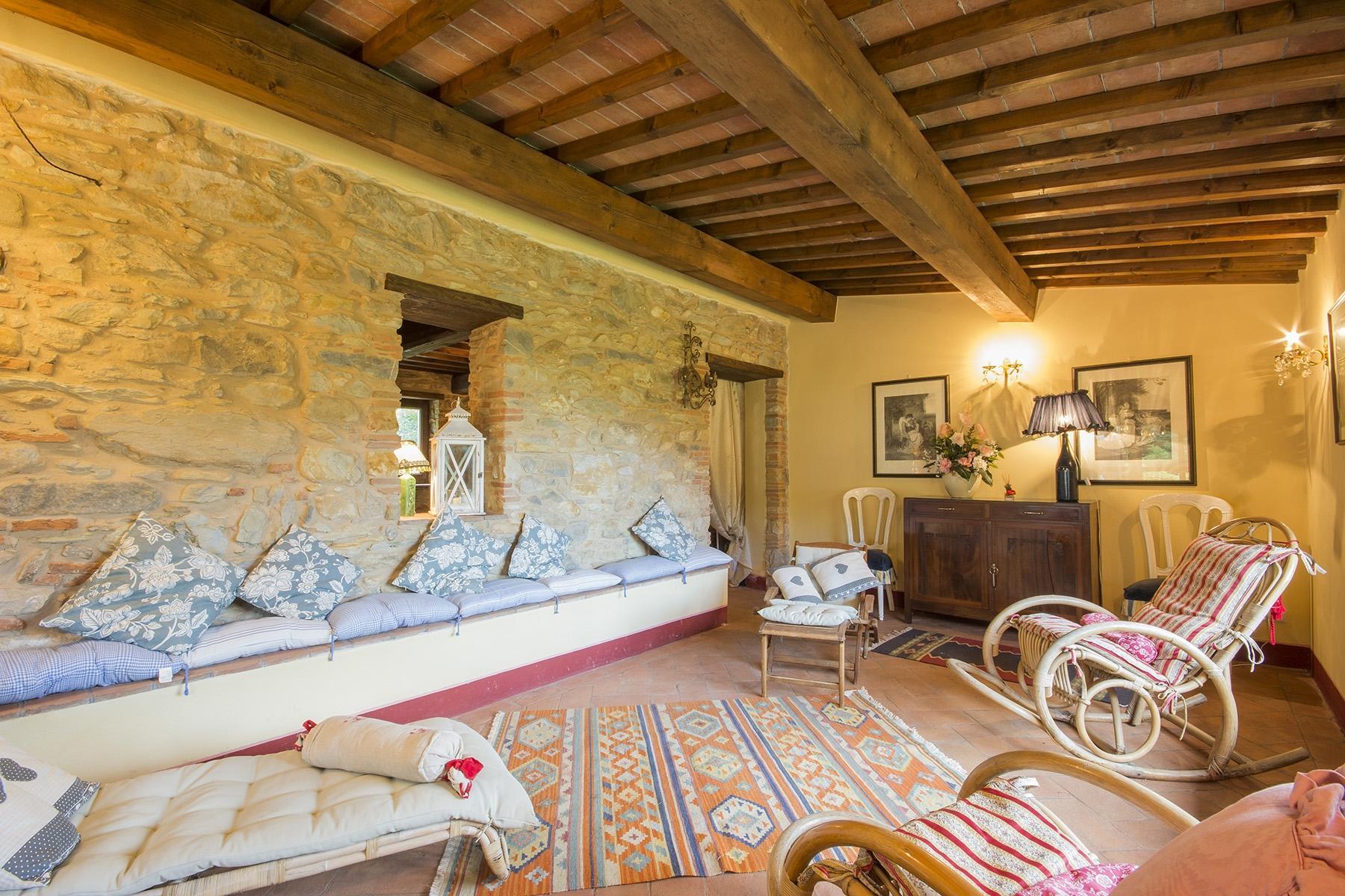 Wunderschönes Bauernhaus auf den Hügeln von Pisa - 8