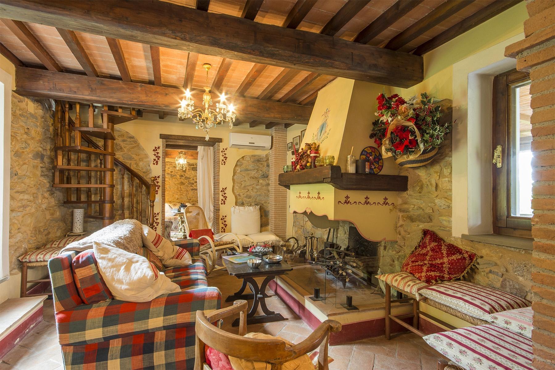 Wunderschönes Bauernhaus auf den Hügeln von Pisa - 5