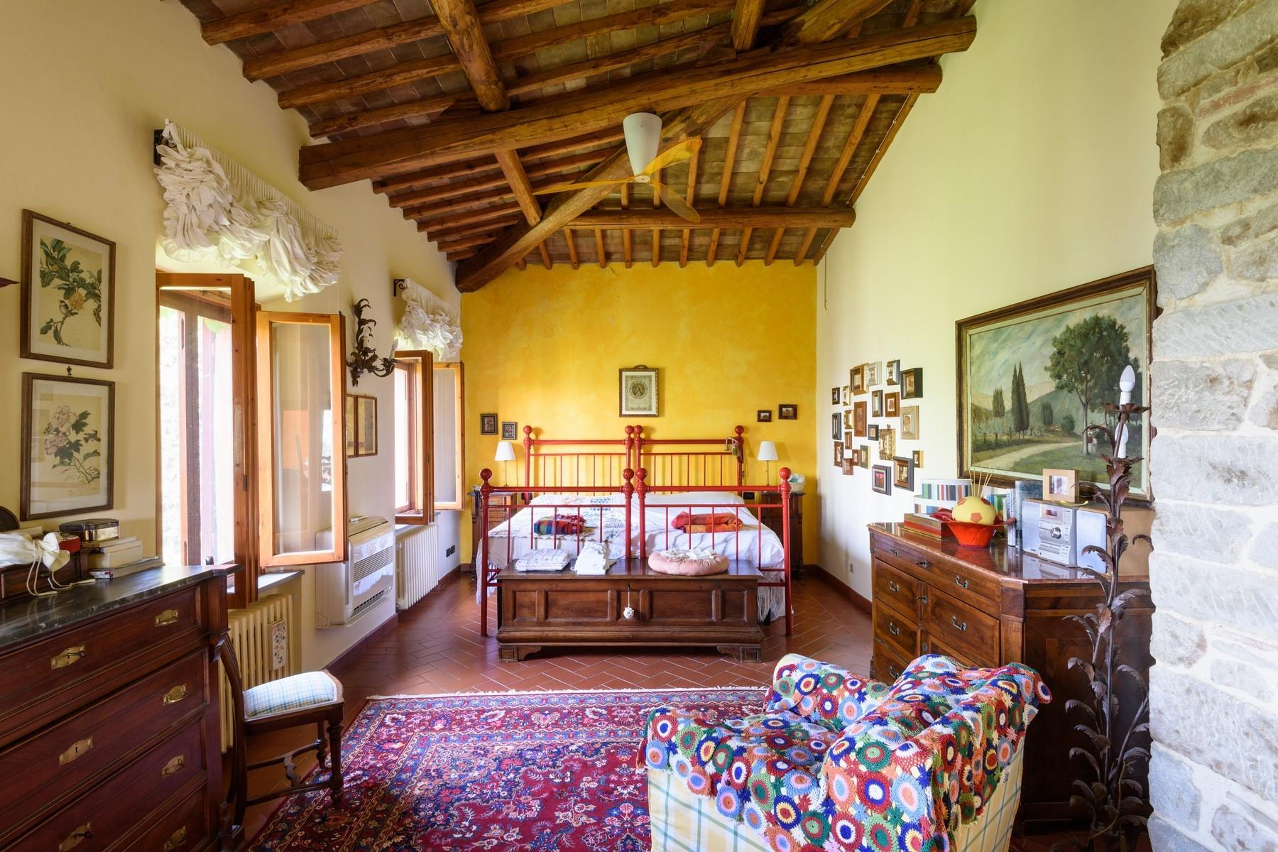 Important wine estate in Chianti - 9