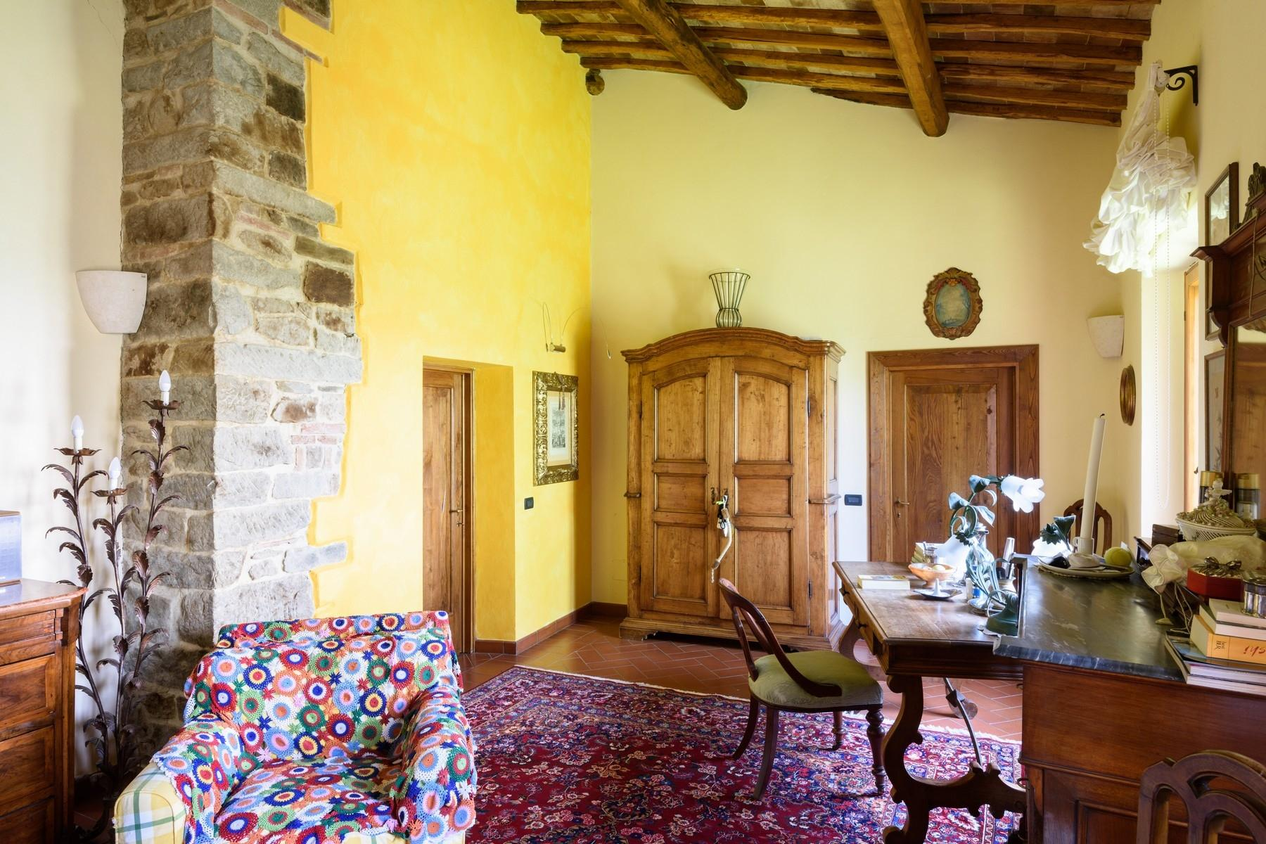 Important wine estate in Chianti - 15
