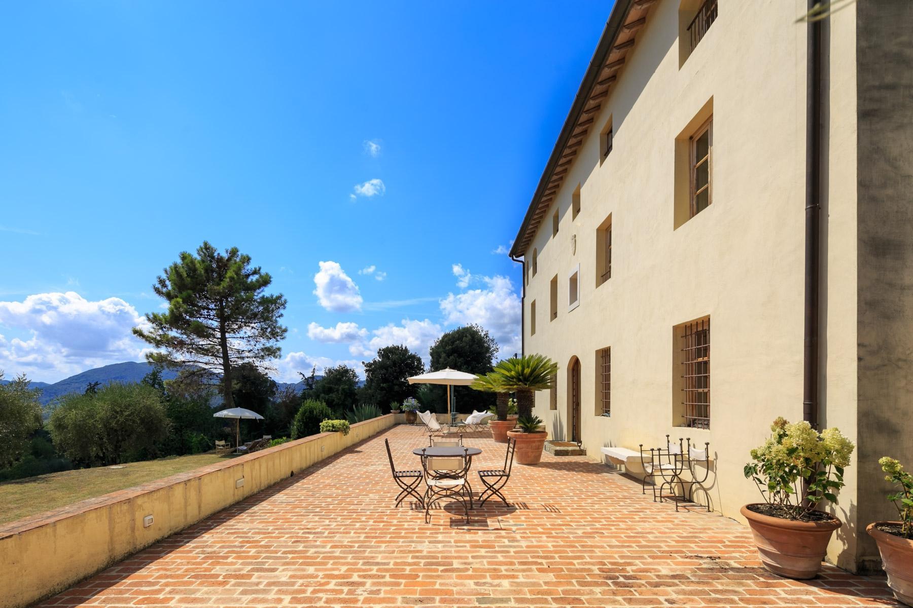 Lussuosa villa sulle colline Lucchesi - 2