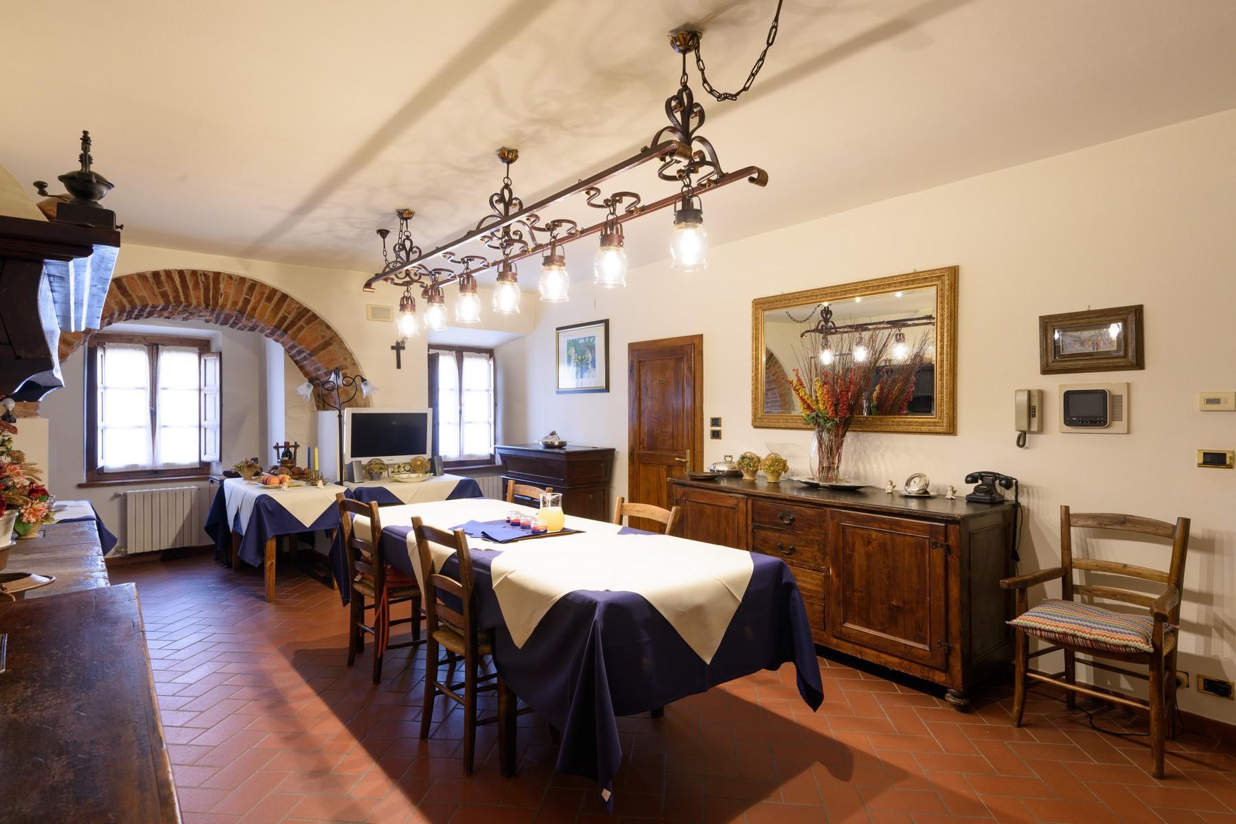 Palais historique du Xe siècle au coeur de la Val di Chiana - 11