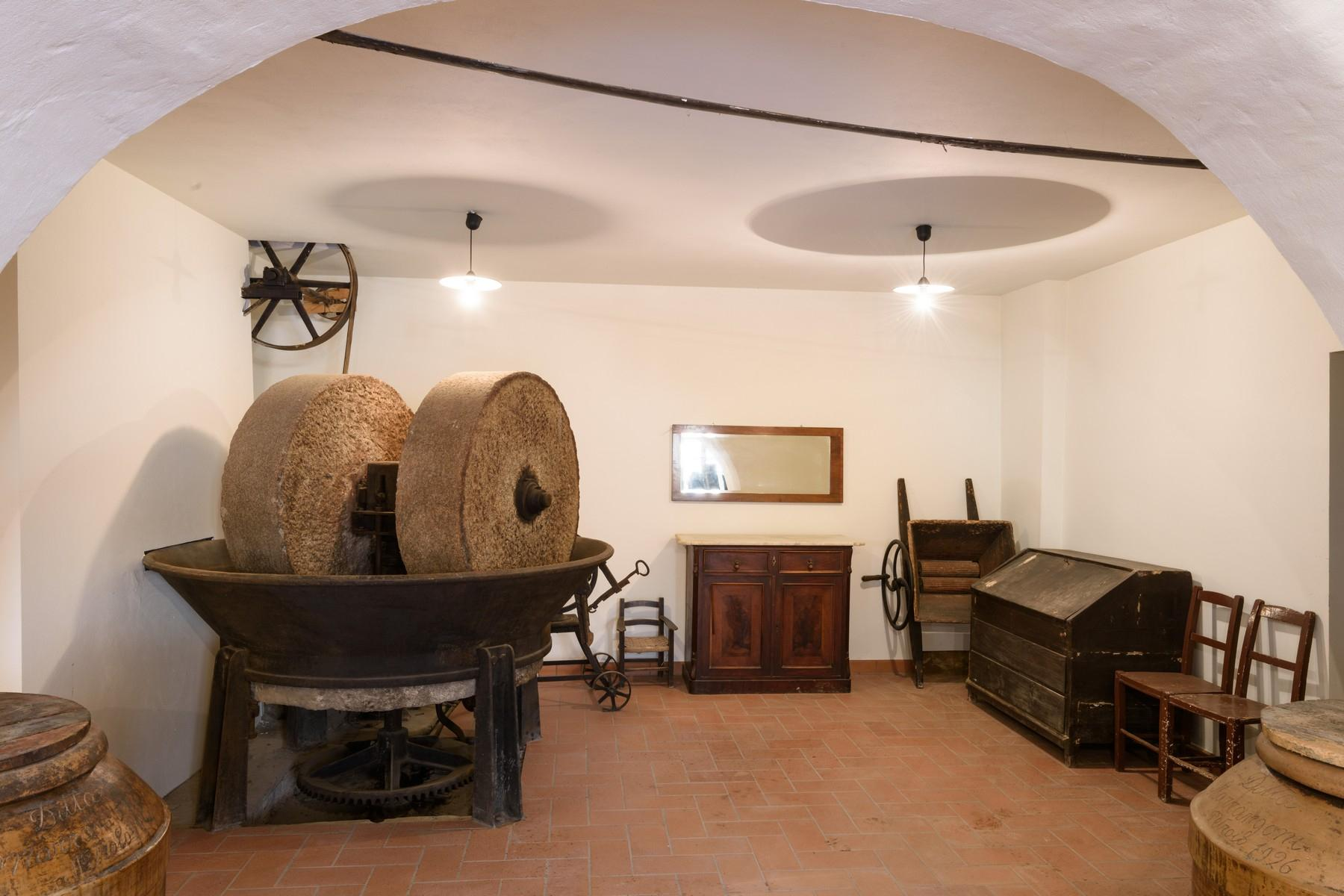Historical palace of the 10th century in the heart of the Val di Chiana - 18