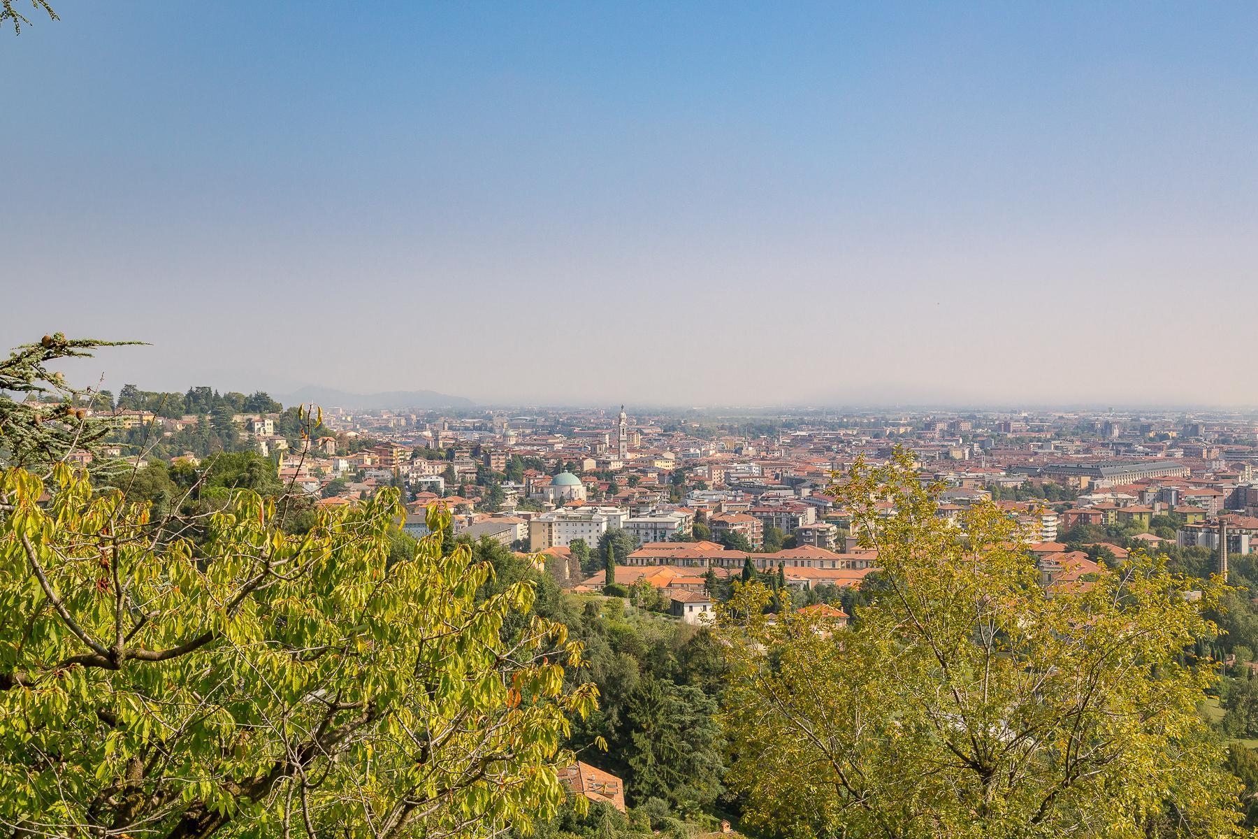 Beautiful villa on the hills of Bergamo Alta - 19