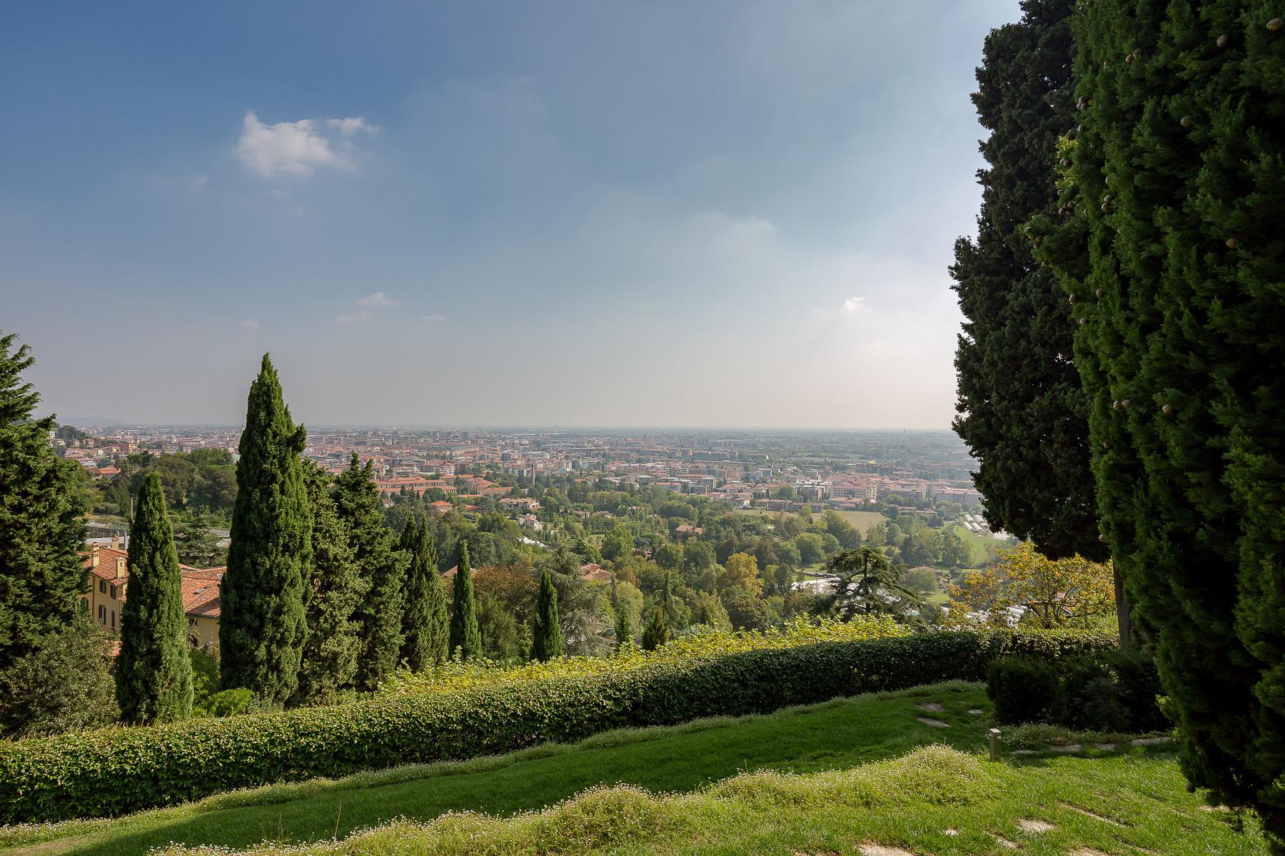 Прекрасная вилла на холмах Bergamo Alta - 18