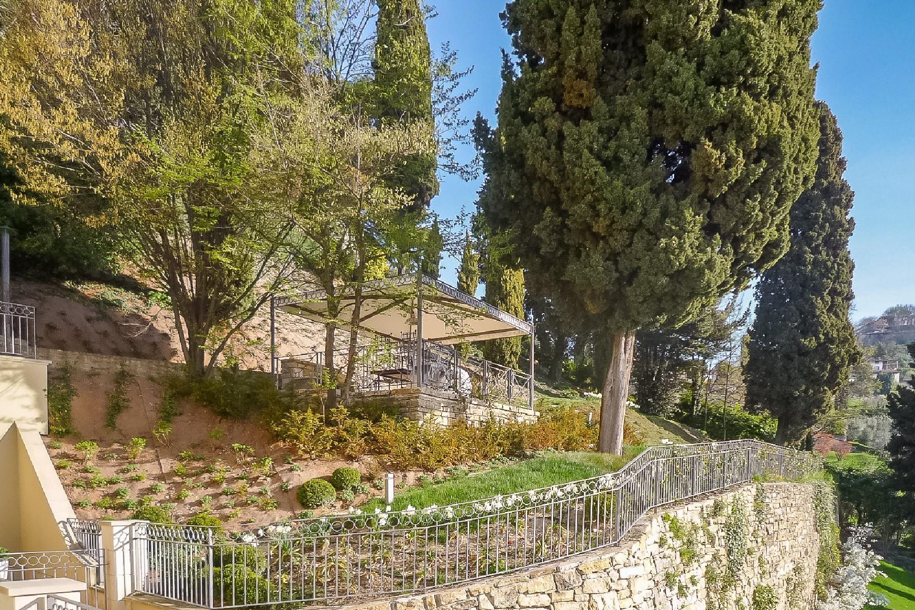 Beautiful villa on the hills of Bergamo Alta - 17