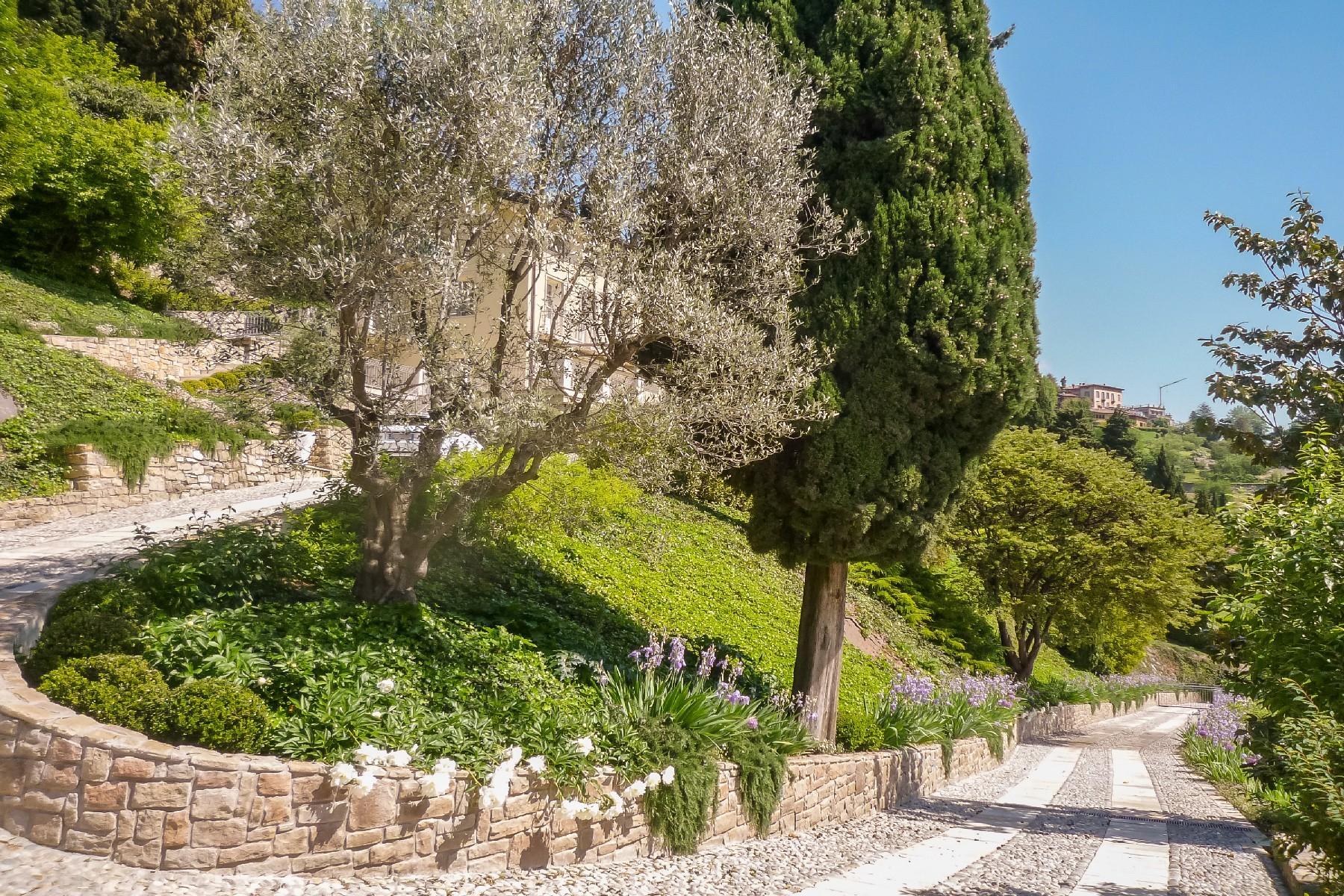 Beautiful villa on the hills of Bergamo Alta - 4