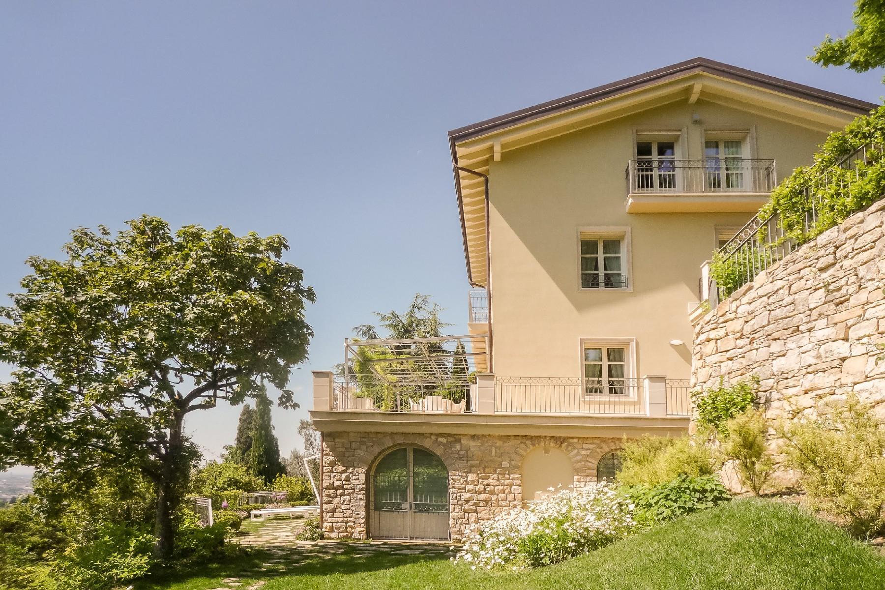 Beautiful villa on the hills of Bergamo Alta - 15