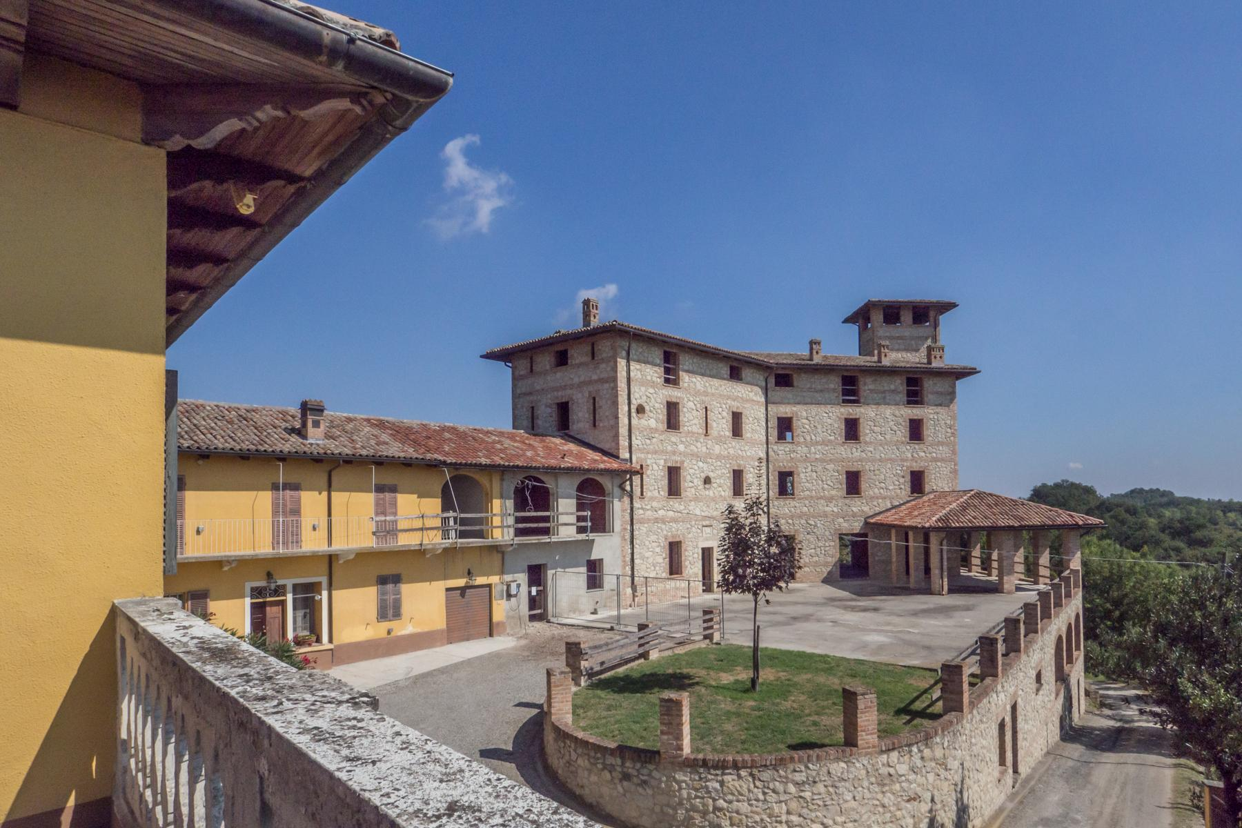 Enchanting complex castled on the hills of Monferrato - 4