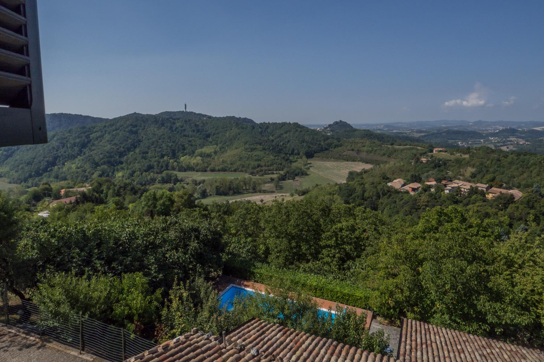 Enchanting complex castled on the hills of Monferrato - 9