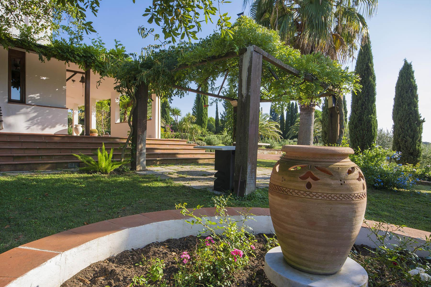 Villa in collina vista mare, nei pressi di Castiglioncello - 22