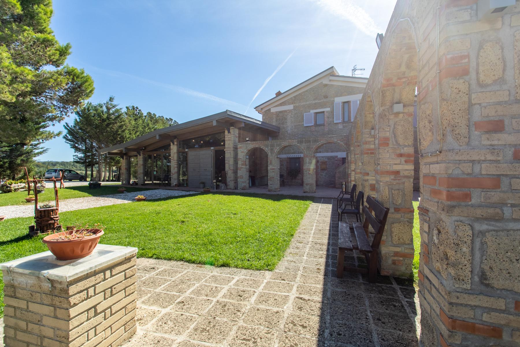 Renovated farmhouse in Pitigliano - 3
