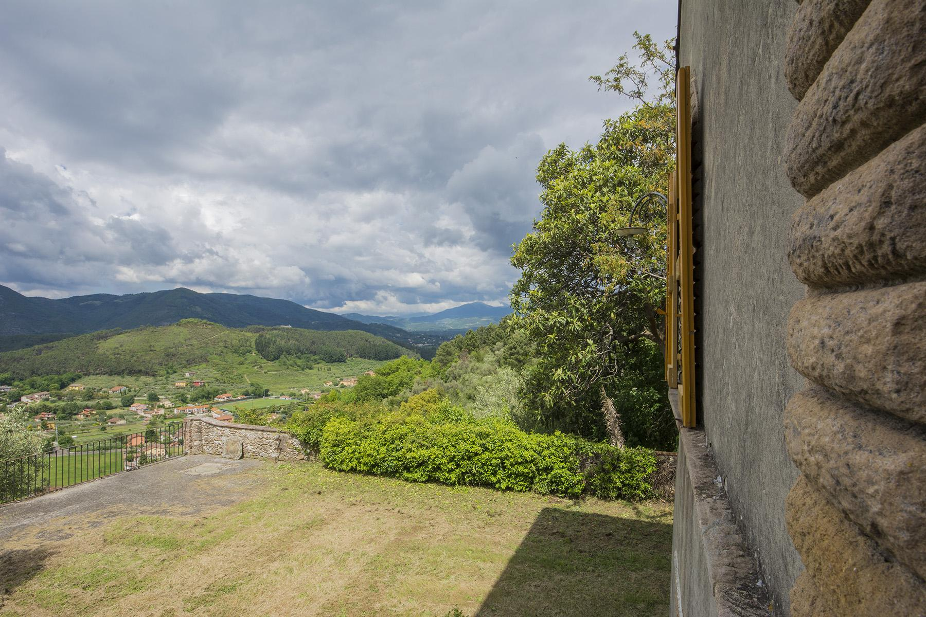 Stunning villa with breathtaking views of the Lucca countryside - 13