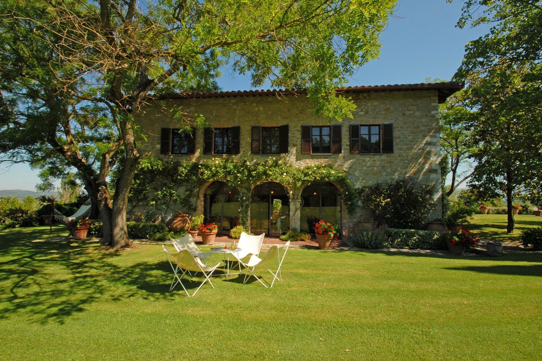 Superbe propriété avec jardin d'hiver, court de tennis et piscine - 2