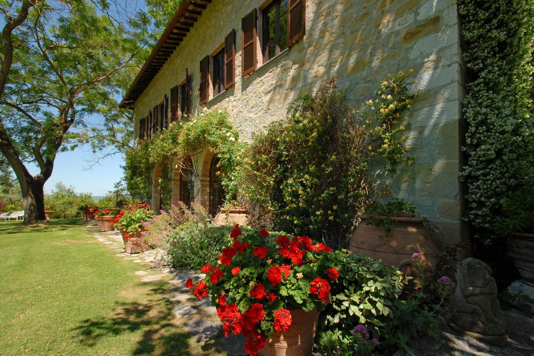 Superbe propriété avec jardin d'hiver, court de tennis et piscine - 3