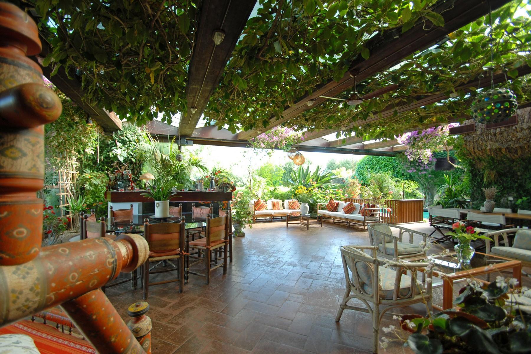 Superbe propriété avec jardin d'hiver, court de tennis et piscine - 25