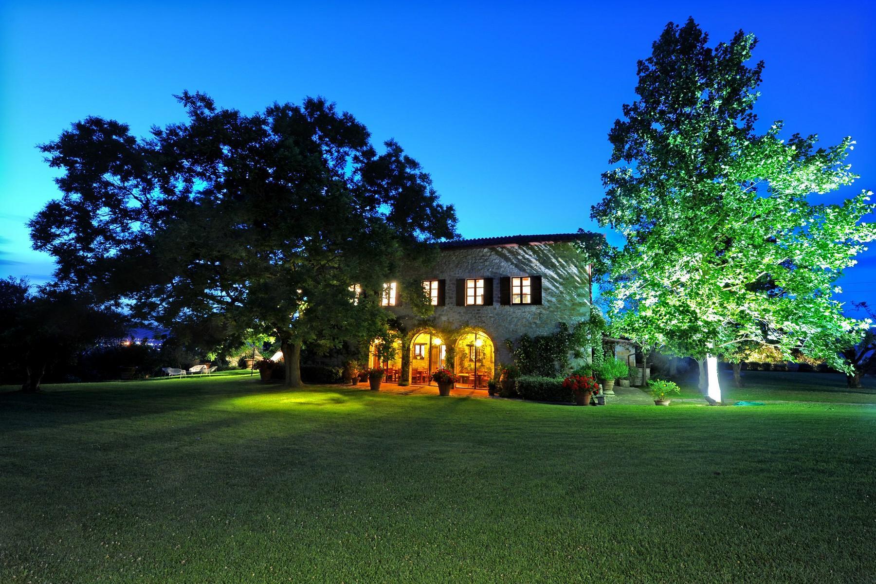 Superbe propriété avec jardin d'hiver, court de tennis et piscine - 31