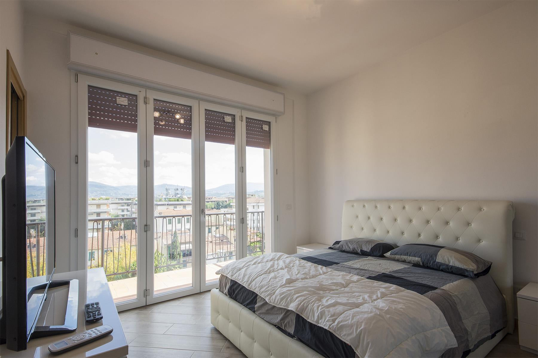 Wonderful attic with a panoramic view of Florence - 8