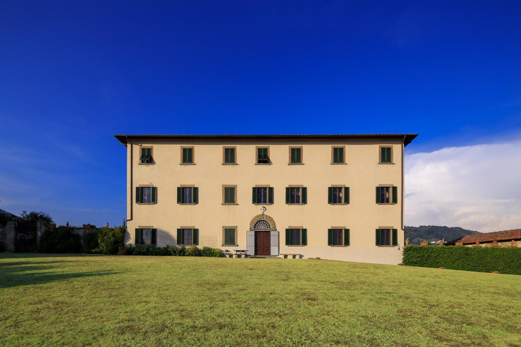 Herrliche Villa aus 1600 mit gepflanztem Park - 21