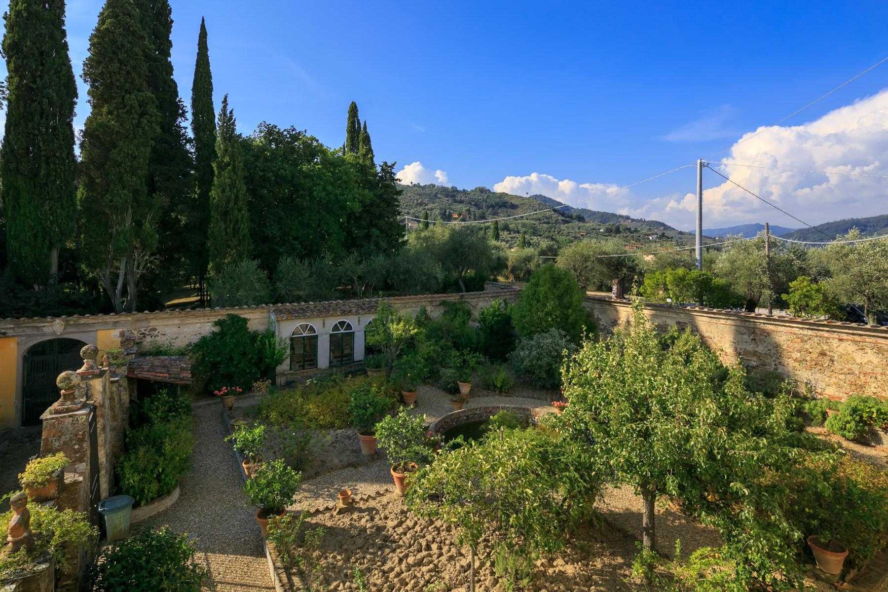 Herrliche Villa aus 1600 mit gepflanztem Park - 18