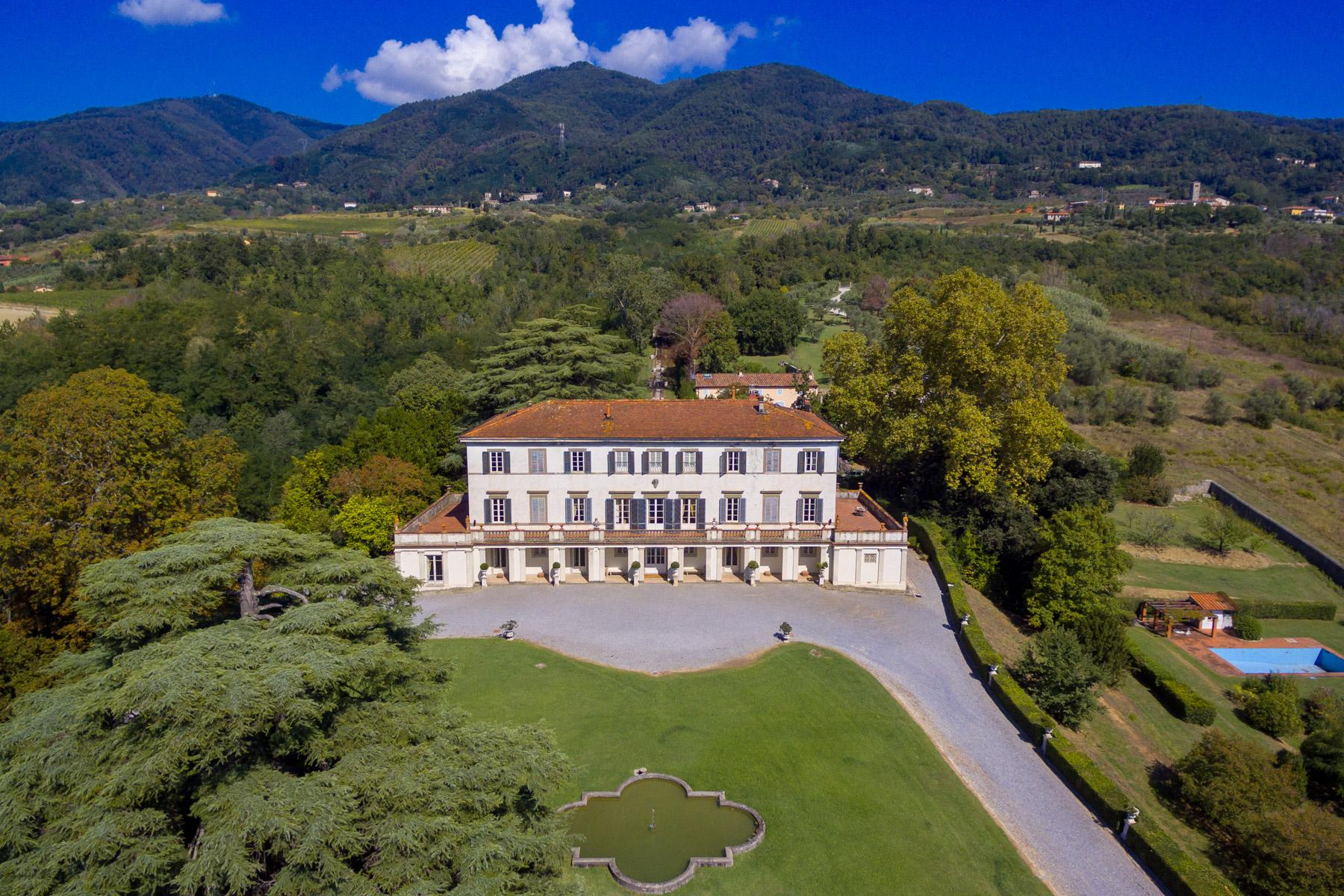 Incomparable historic mansion in Lucchesia - 5