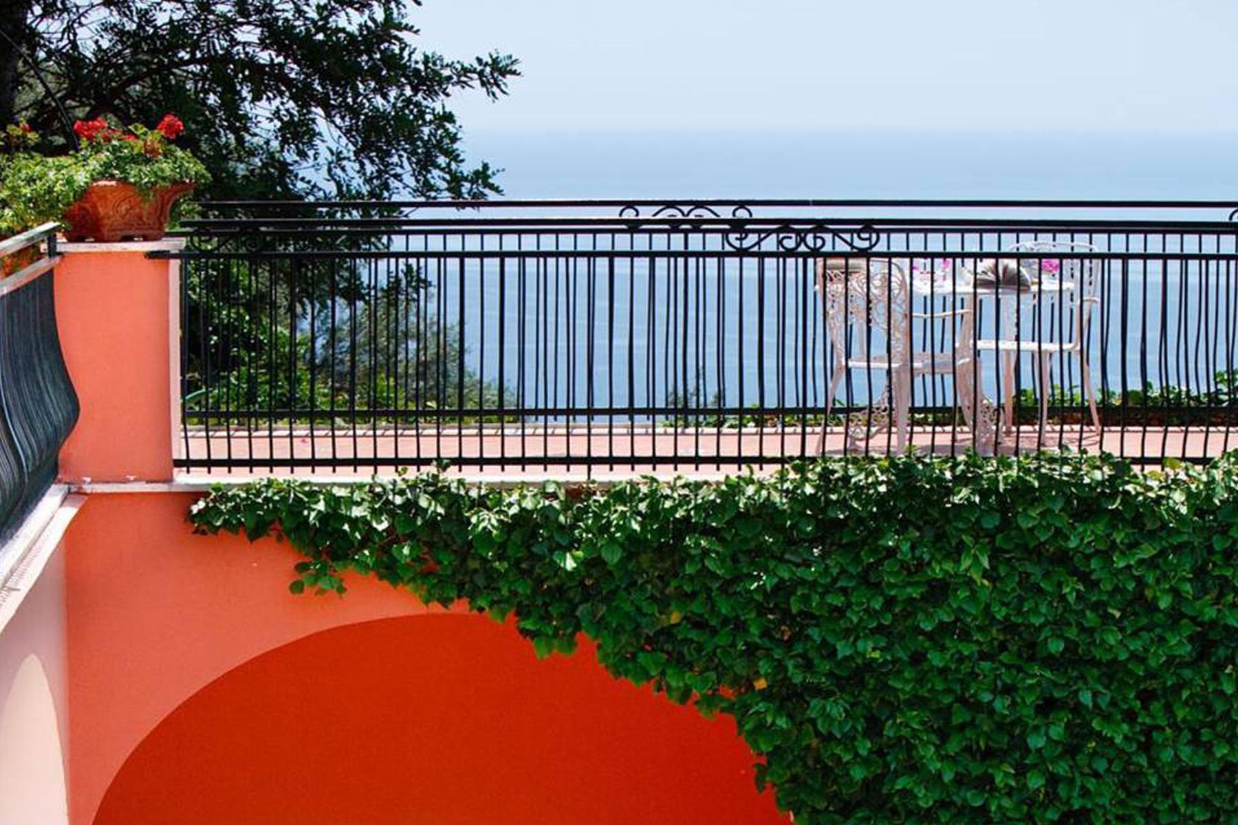 Herrliche Residenz mit Blcik auf Positano - 25