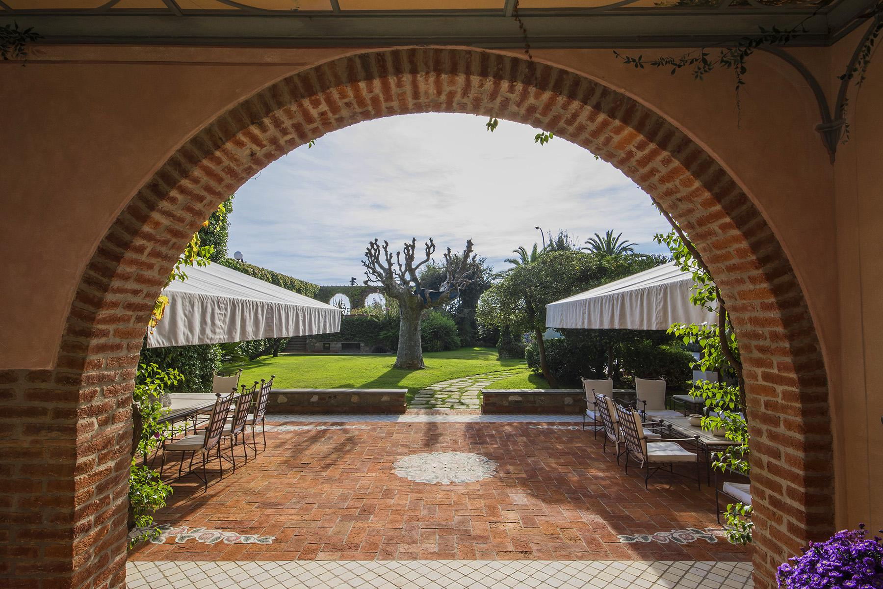 Magnificent property in Marina di Pietrasanta - 8