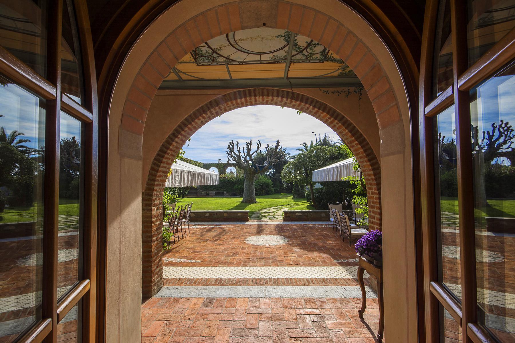 Magnificent property in Marina di Pietrasanta - 9