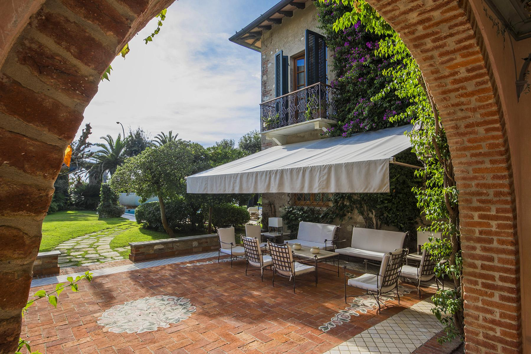Magnificent property in Marina di Pietrasanta - 11