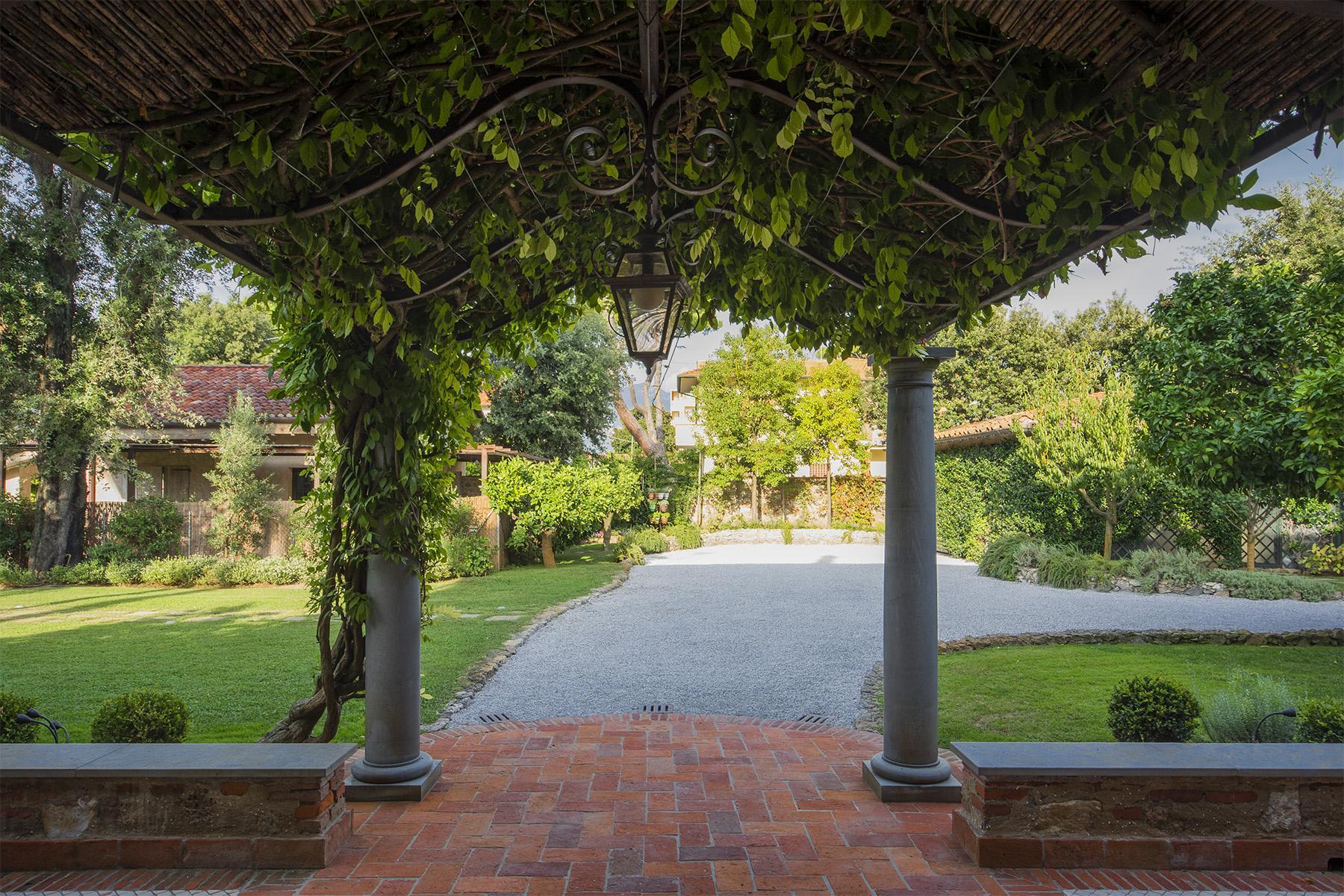 Magnificent property in Marina di Pietrasanta - 28