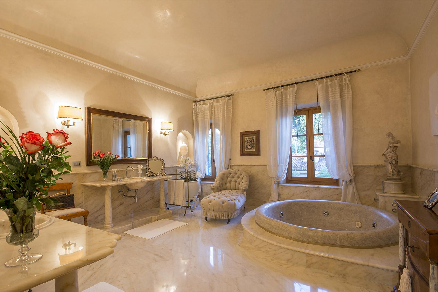 Magnificent property in Marina di Pietrasanta - 39