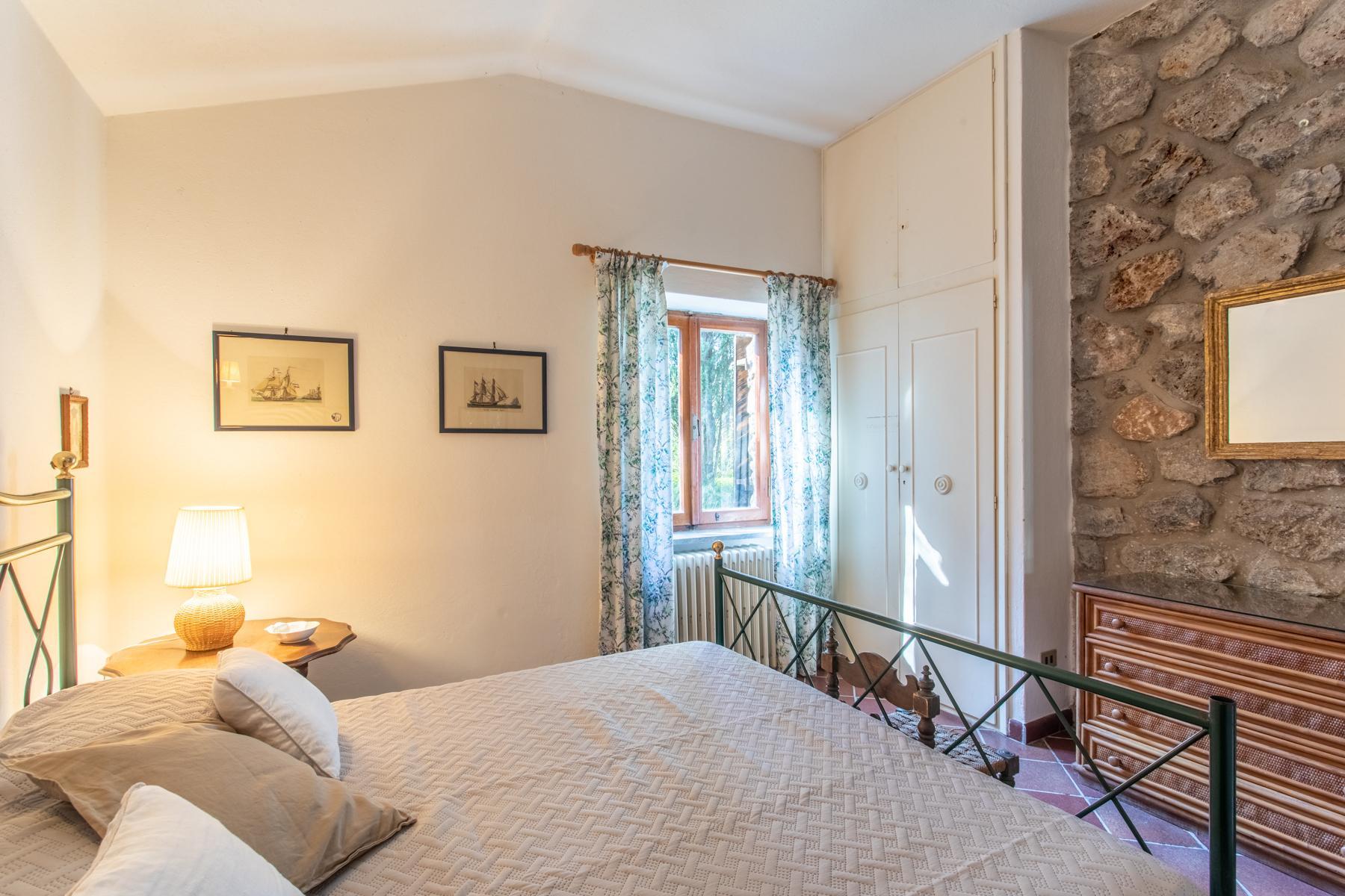 Wundeschöne Villa aus Stein in einzigartiger Umgebung - 24