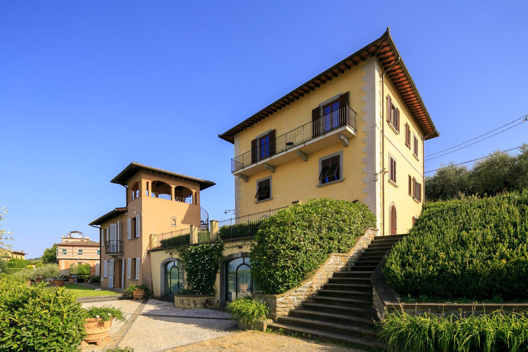 Magnificent villa close to Florence - 1